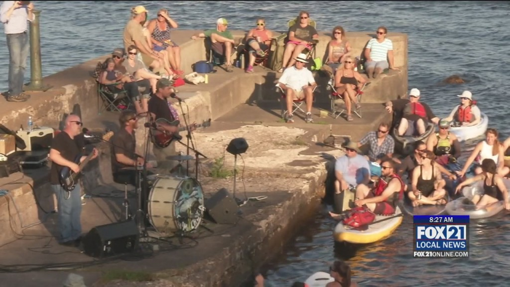 Coffee Concerts On The Pier