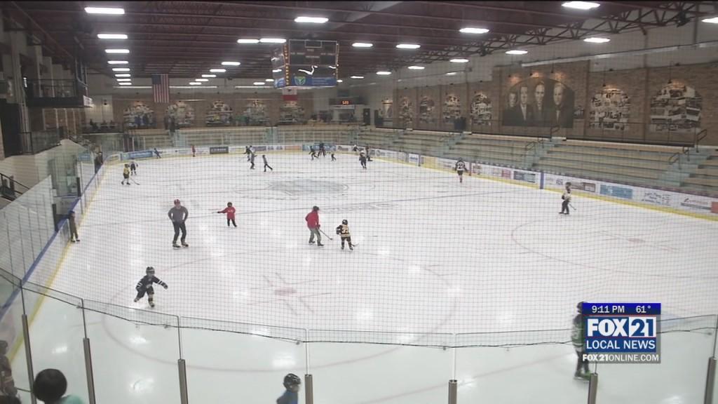 Hockey Kickoff