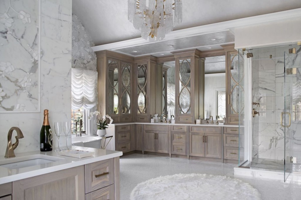 Luxe Bathroom Featured Image