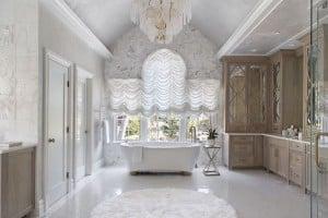 Luxe Bathroom3