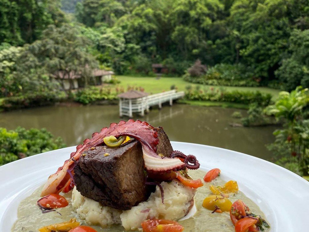 Out In The Open The Best Places To Go For Outdoor Dining On Oahu Right Now Cover