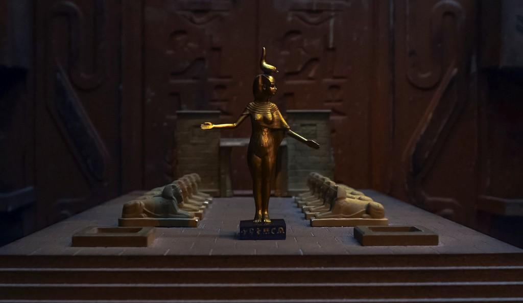 Chambers Escape Games figure