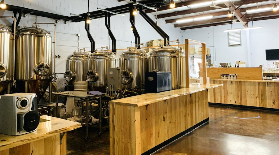 inside broken boundary brewery