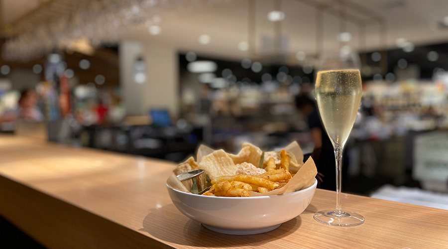 Fries and Prosecco
