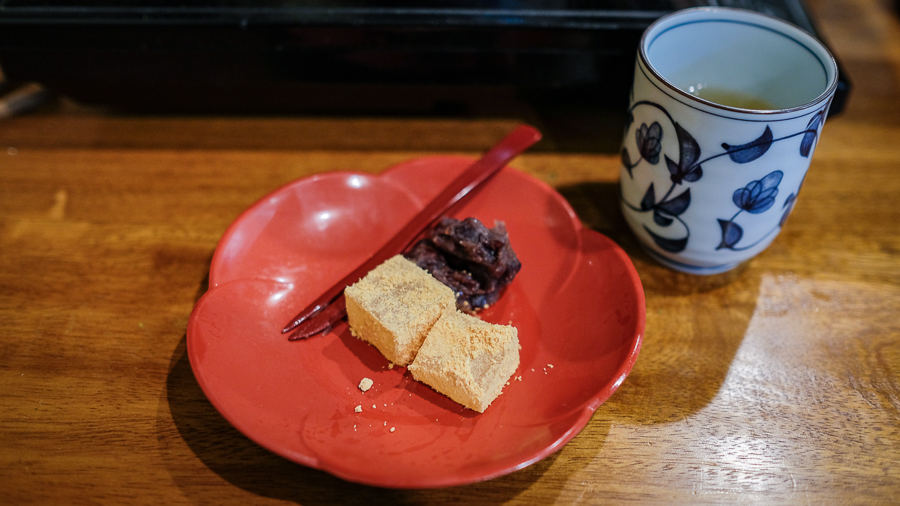 warabi mochi with red bean paste and green tea