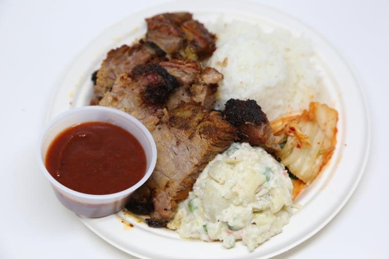 Awesome eats this Thursday: Alicia's Market smoked brisket & prime rib