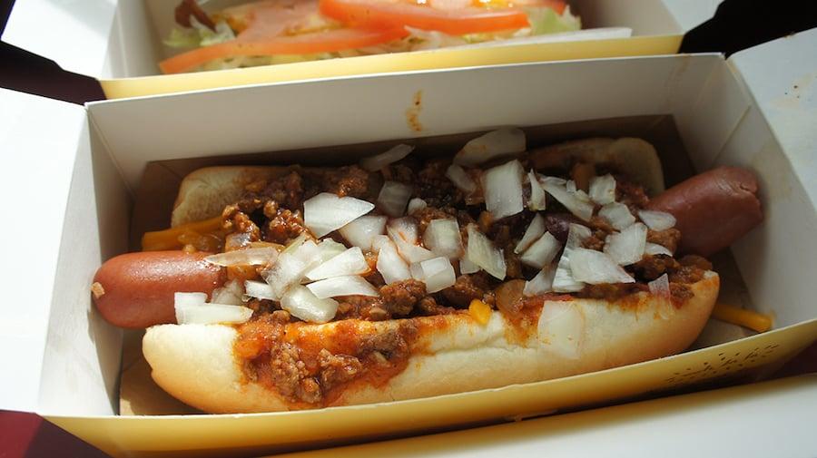 hanks chili dog