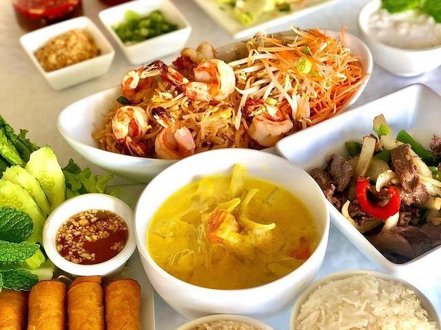 Mailes Thai Food Spread 2