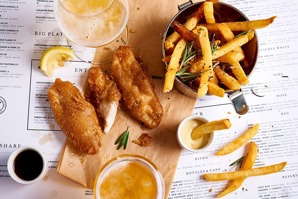 New Daily Happy Hour At Merrimans Honolulu Has Deep Fried Shrimp Poke Taro Hummus And Signature Cocktails Fish And Chips