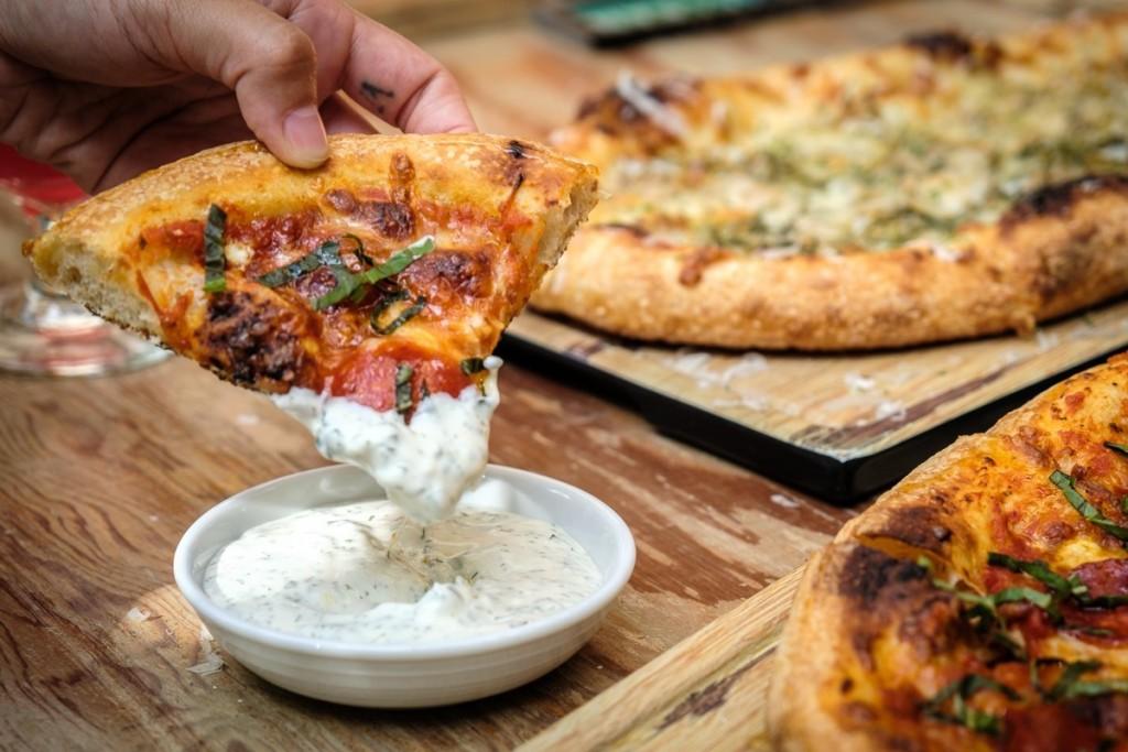 Farmhouse Pizza thomas obungen