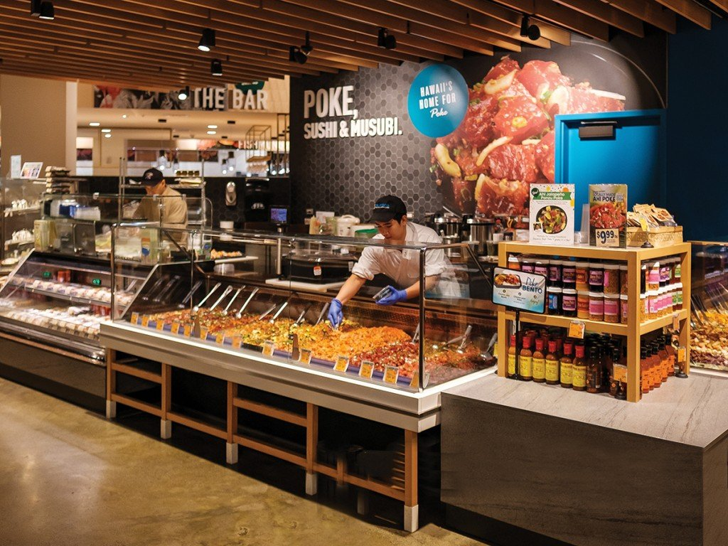 After 71 Years In Business Hawaiis Family Run Foodland Is Swinging For The Fences Poke Bar Ala Moana