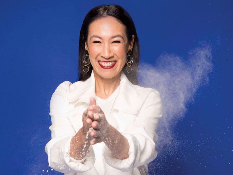 Stylelist Robynne Mai Flour