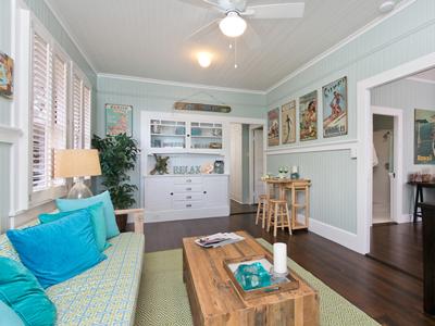 Real Estate Kaimuki Dollhouse Preview
