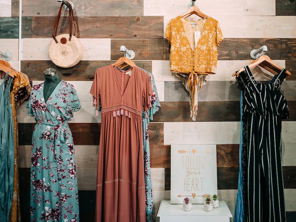 Valia Honolulu Boutique Dresses Wall Cover