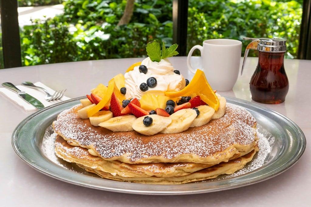 Mac 24 7 Fresh Fruit Pancake Easter