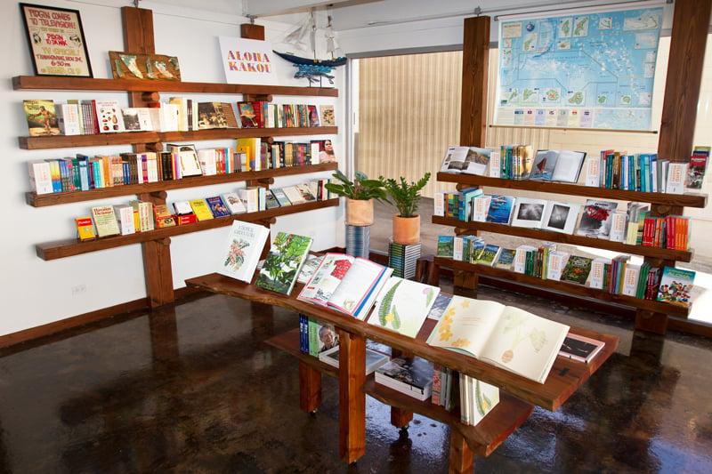 Da Shop Bookstore Corner