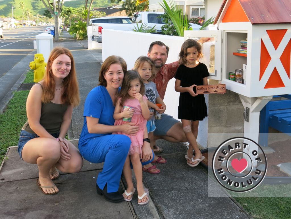 Heart Of Honolulu Kailua Family Reaches Out With A Little Help Across The Sidewalk