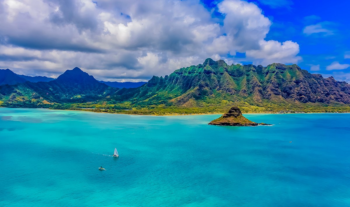 Chinaman's Hat Hike