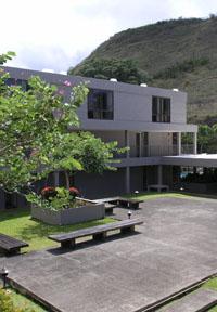 Courtyardx200