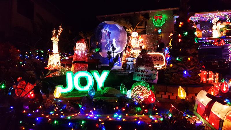 Christmas Lights Hillcrest2