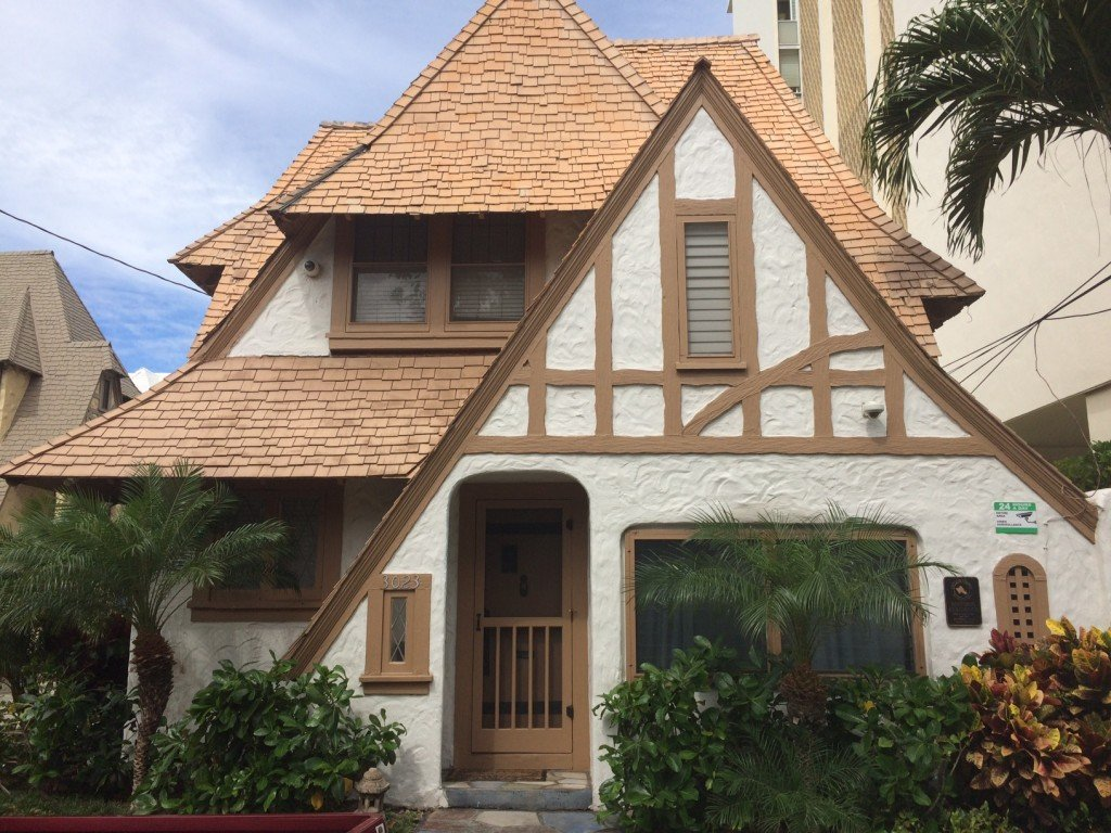 Gingerbread Home Waikiki