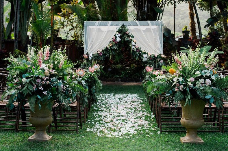 Honolulu Weddings Toss Alternatives Aisle