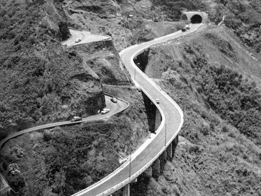The Pali Highway Opens In 1957