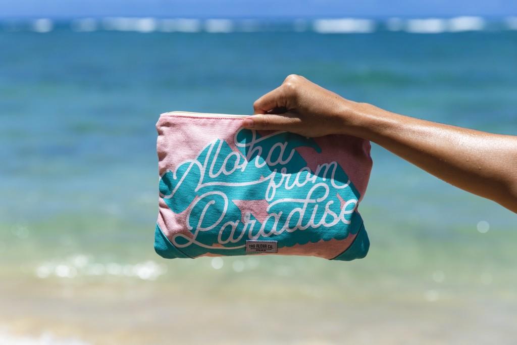Tag Aloha Aloha From Paradise Clutch Opener