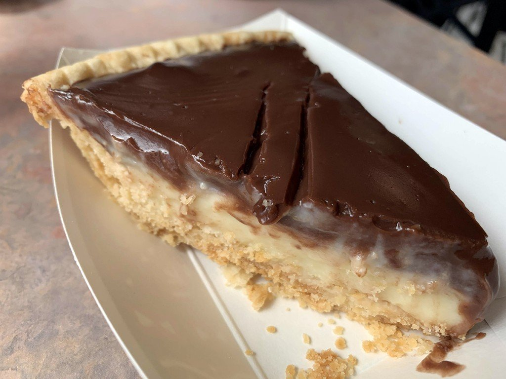 First Look Tanyas Pies And Grill Chocolate Pie