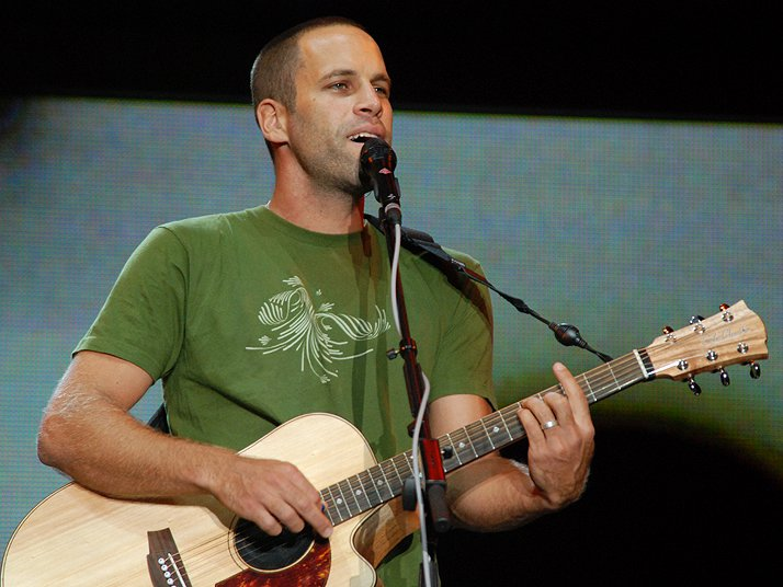Jack Johnson Teams Up With The World Health Organization For A Special Concert From His Hawaii Home