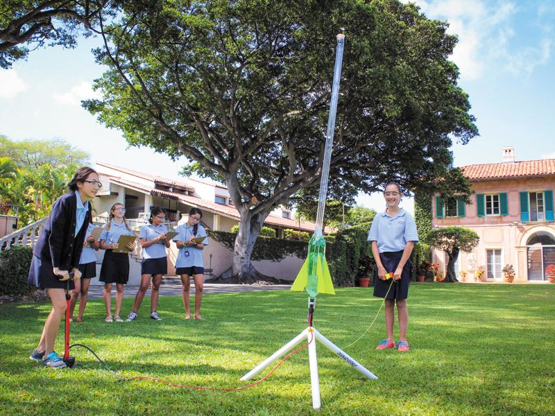 Private School Guide La Pietra Science