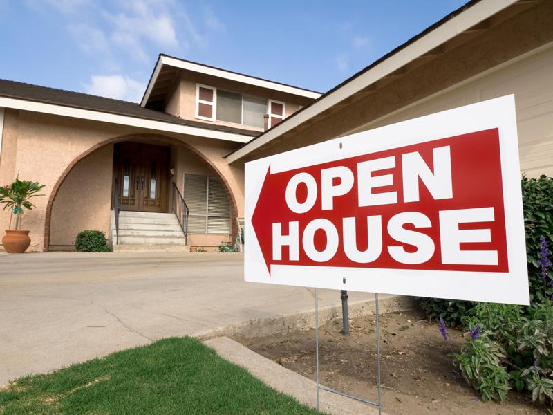 Sale Fail Open House