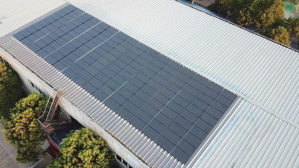 Sunflare Litemount Roof 2 Solarsystem