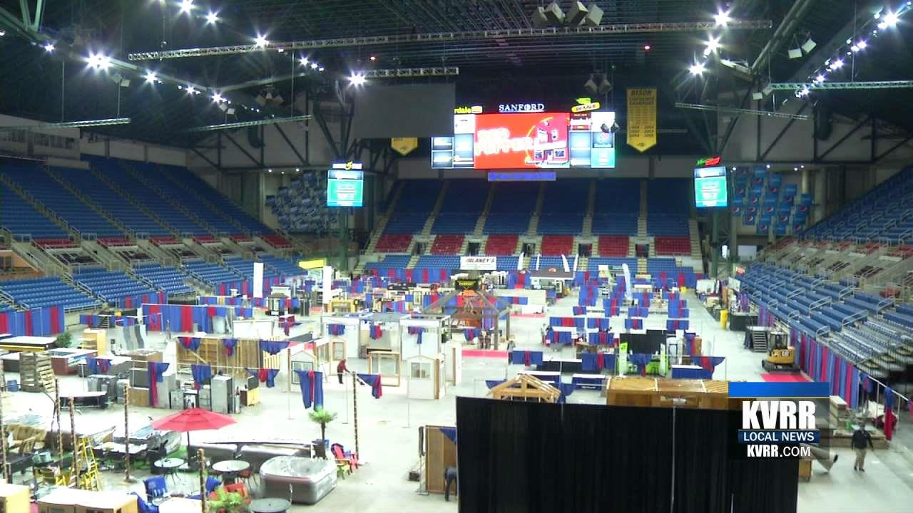 the home garden show takes over the fargodome. Black Bedroom Furniture Sets. Home Design Ideas
