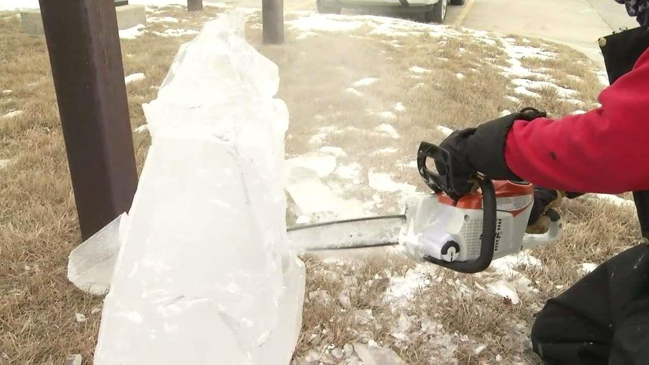 LIVE: Chainsaw Dave And His Amazing Ice Sculptures - KVRR Local News