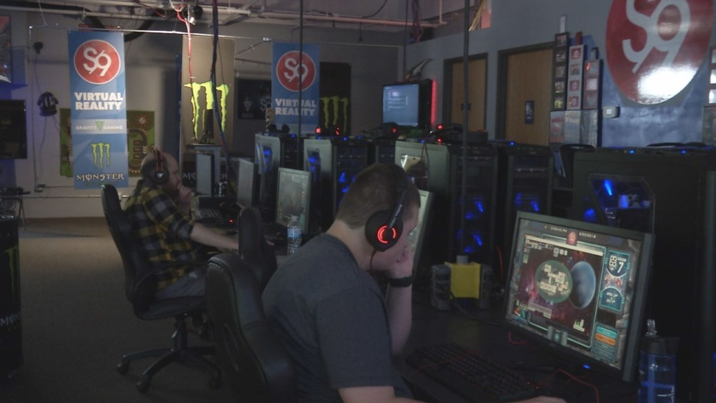 gamers raise money for autism network