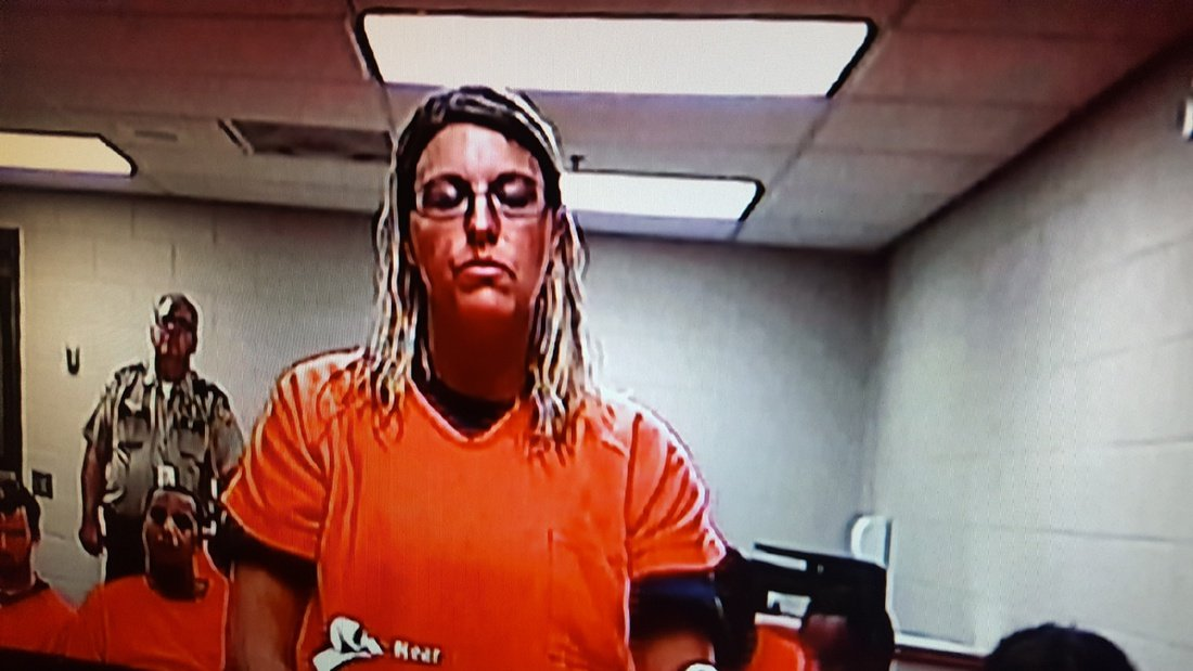 Teacher had sex with student, sent explicit Snapchats to