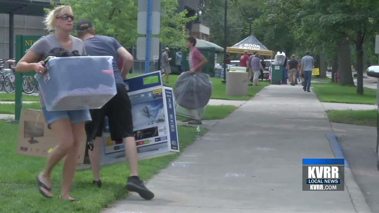 Ndsu Students Move Into Dorms For New School Year
