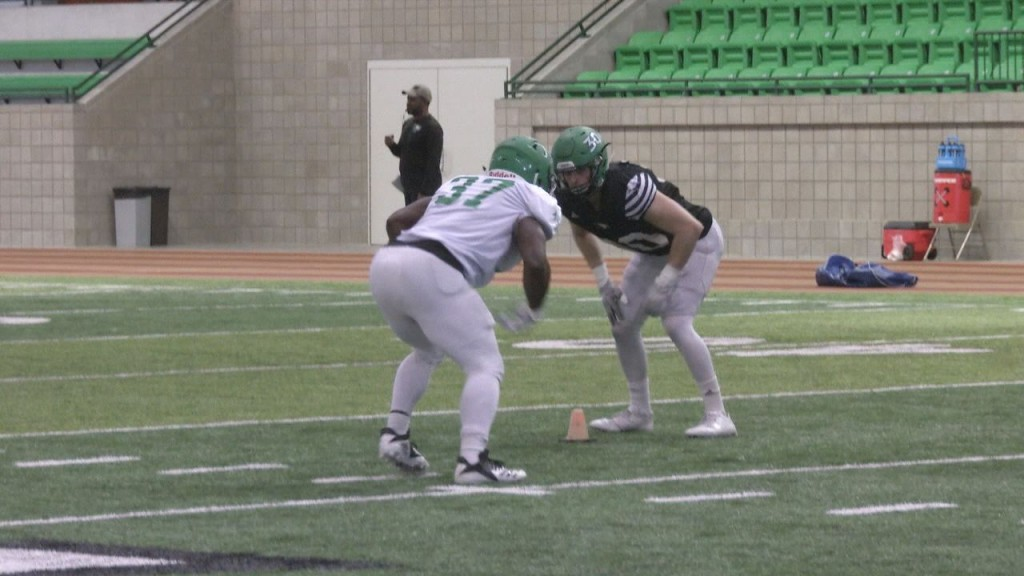 Und Football Still