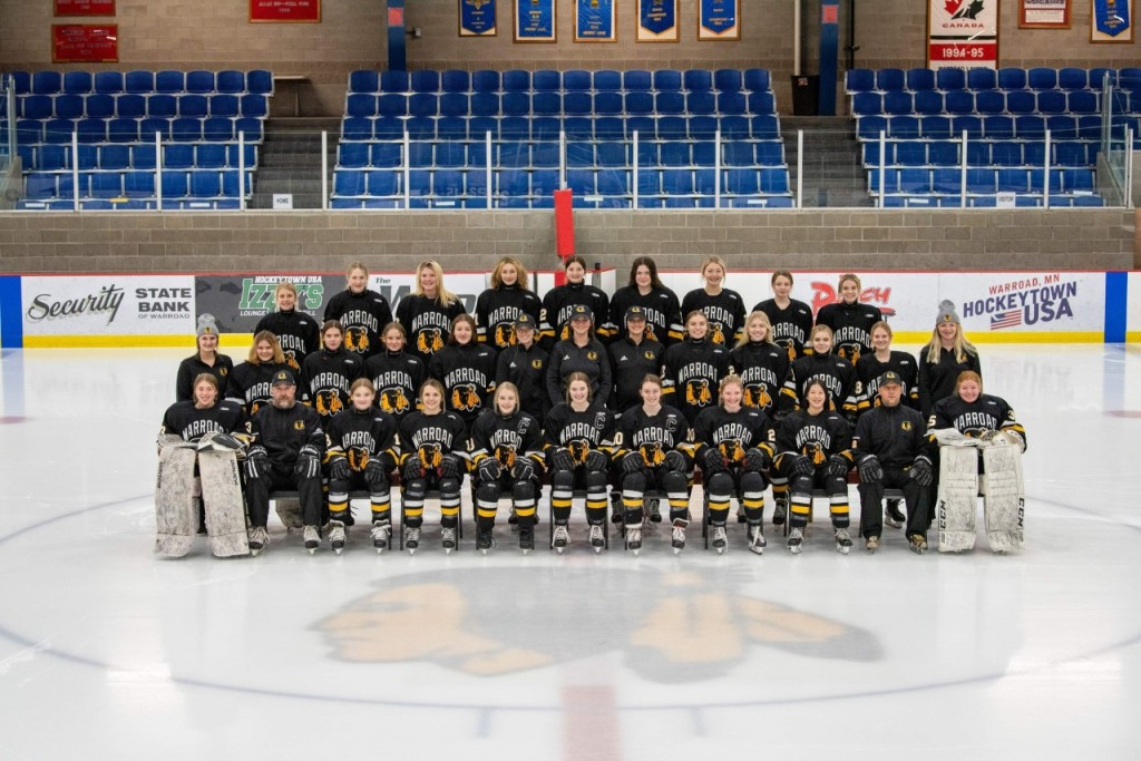 Warroad Girls Hockey 1
