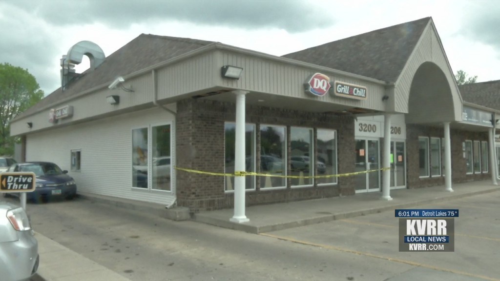 Dq Back Open