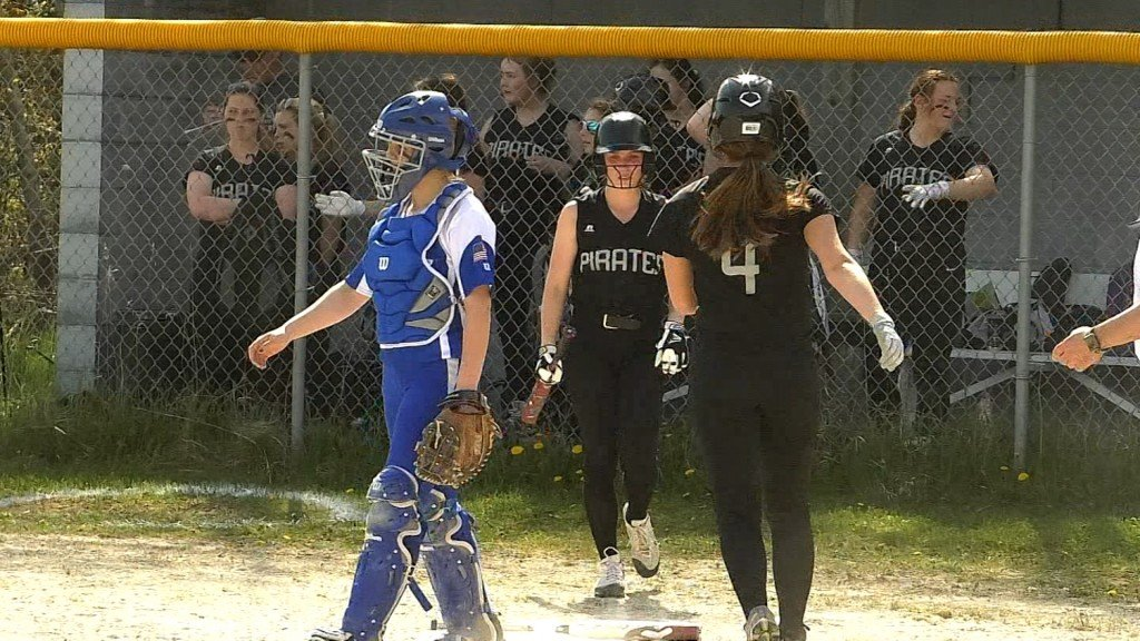 Pickford Continues Strong Play in Sweep Over Brimley