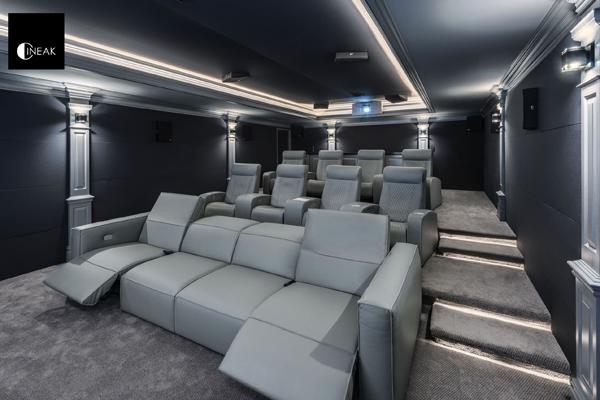 CINEAK luxury seating