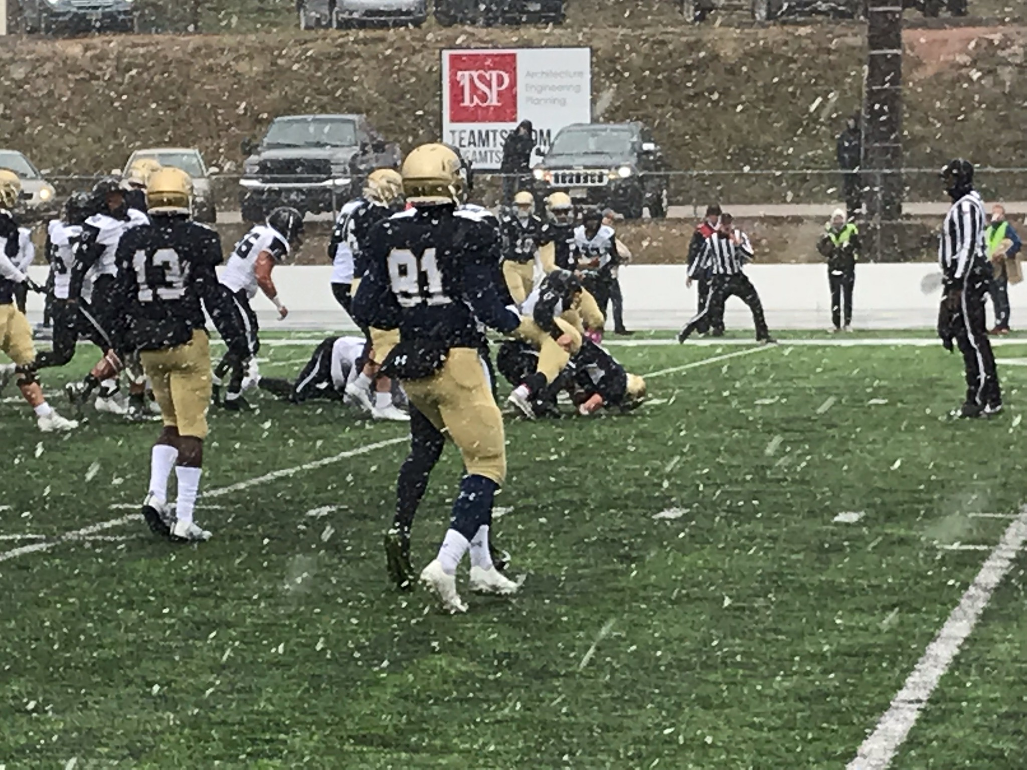 College Football Record Setting Day For The Hardrockers And Yellow