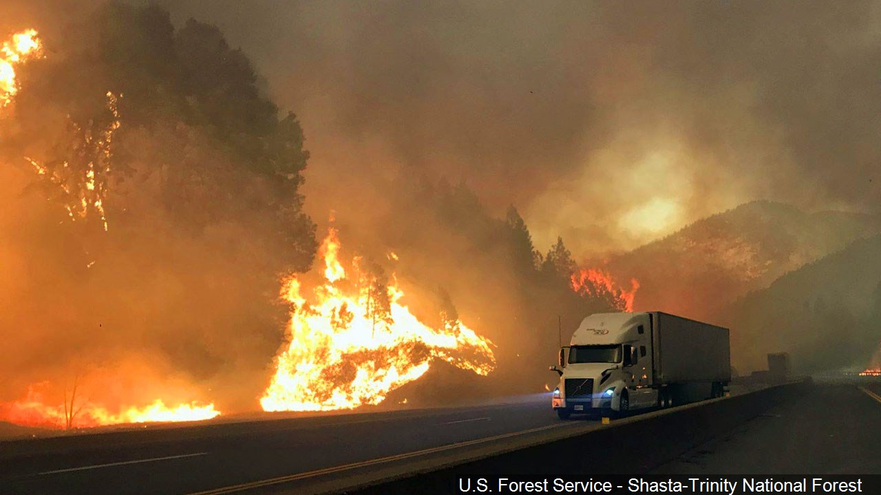 Missing-persons list tops 600 in fire-stricken California