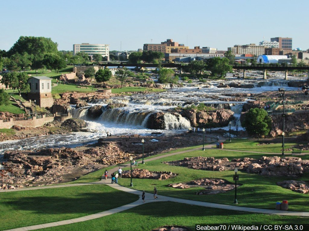 Sioux Falls Big Sioux River downtown