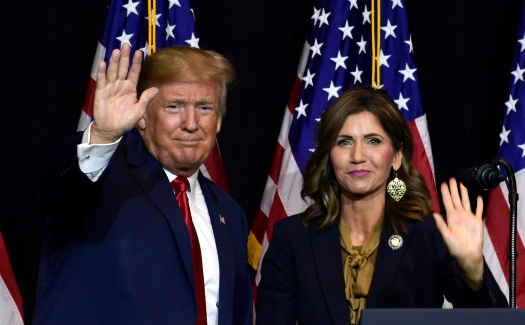 Pres Trump and Gov. Noem