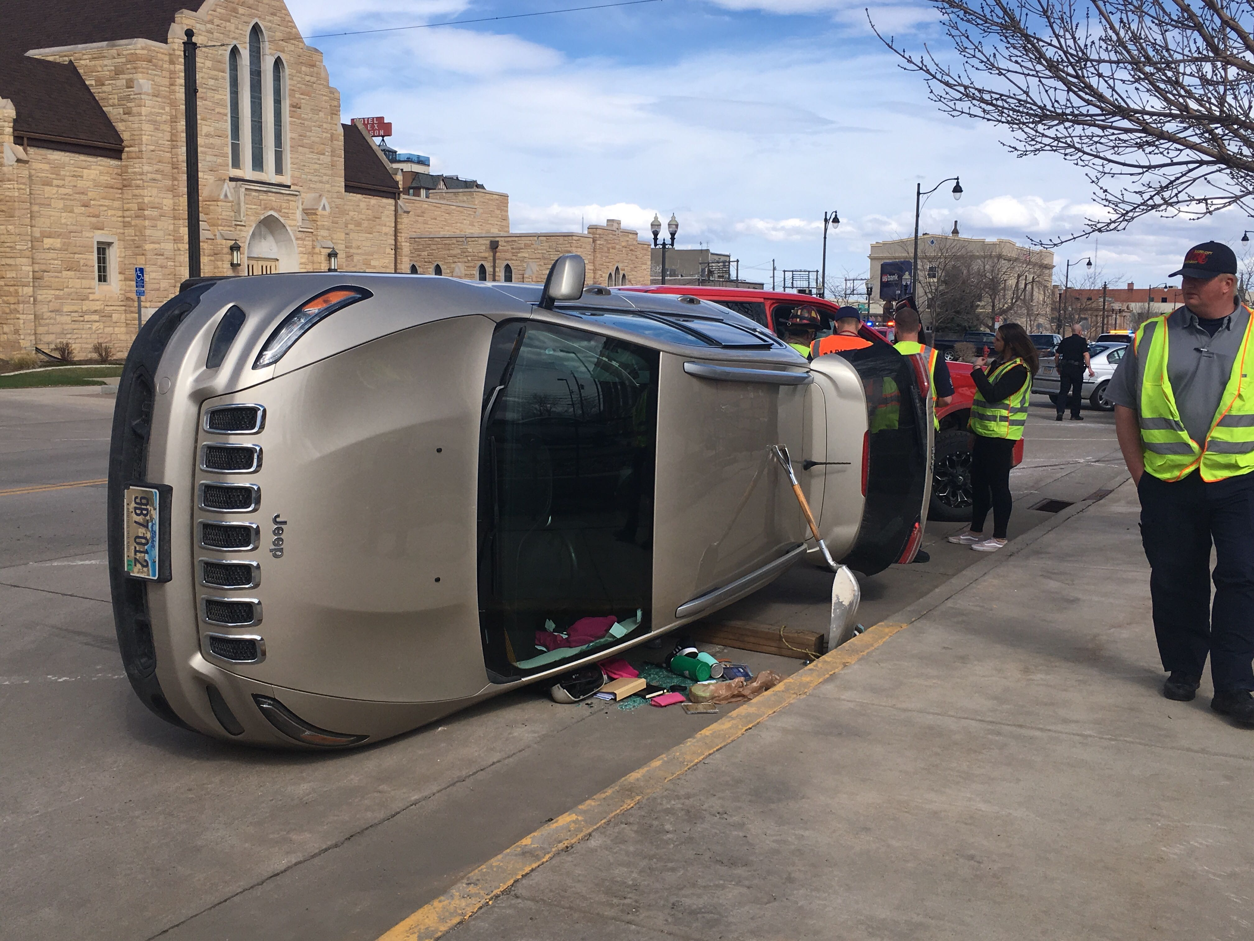 Authorities on scene of multi-vehicle accident in downtown Rapid