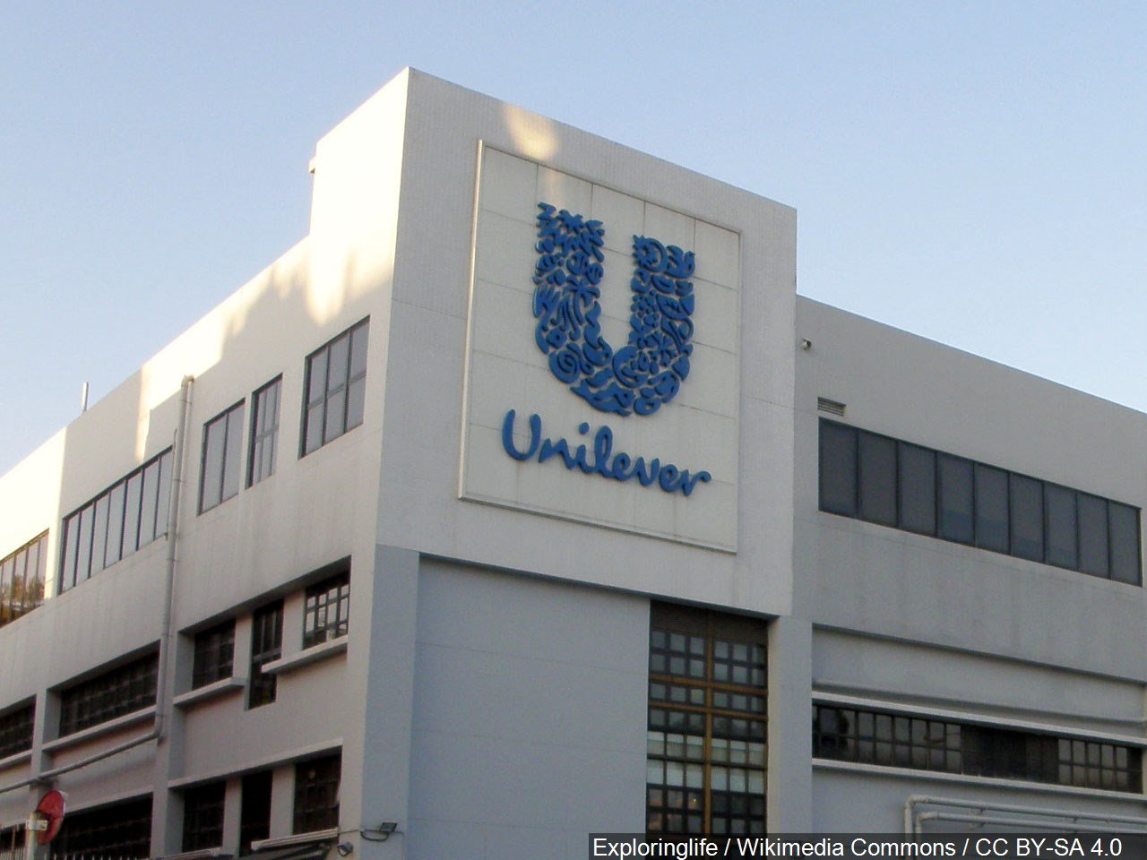 Unilever announces plans to reduce plastic use