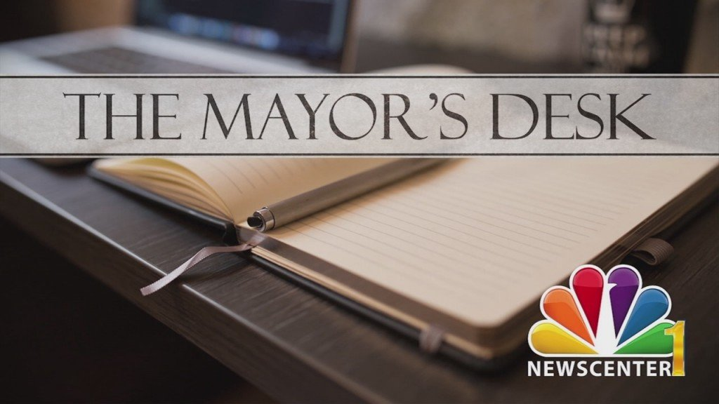 The Mayor's Desk